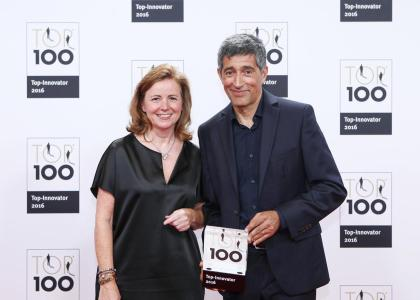 Top 100 Mentor at the awards ceremony: Ranga Yogeshwar and Jutta Lichter, Head of Marketing at LED Linear GmbH