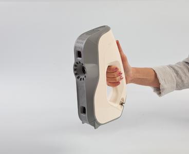 3D-Scanner Artec Eva auf der Control und der OTWorld
