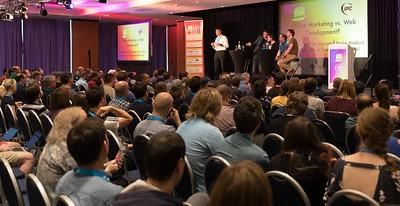 Panel Diskussion: Online Marketing vs. Web Development