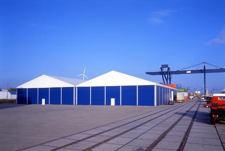 Mobile Miethallen oder Lagerzelte - Schnell angeliefert und zügig aufgebaut, stehen sie in kürzester Zeit zur Nutzung bereit.