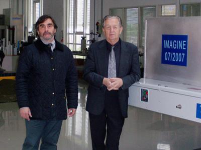 : Dr. Jorge dos Santos von GKSS and Horst Witte arbeiten gemeinsam am dem Forschungsprojekt ?IMAGINE?