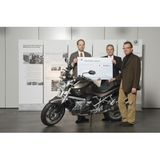 "Anniversary motorcycle BMW 1200 R ""40 Years of Berlin"" auctioned as a fundraiser for the children's rights organisation Save the Children Deutschland e.V."