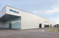 Neue Produktionshalle der Elektror von außen