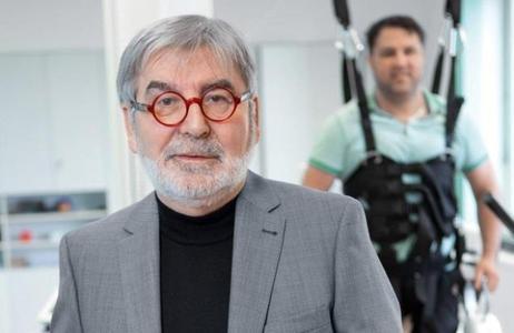Dr. Bernd Krahl, Managing Director of Ambulanticum Herdecke, Germany