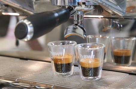 Mit Technologien von BWT water+more gefiltertes Wasser ermöglicht Kaffees ein optimales Extraktionsverhalten / Foto: BWT water+more