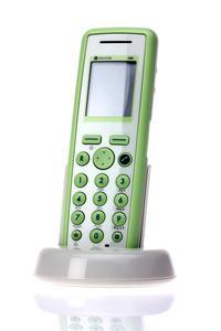 Complus vertreibt neuestes DECT-Telefon von Polycom