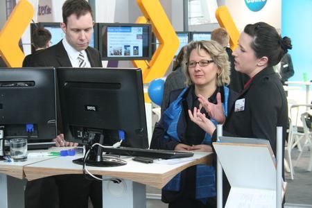 CeBIT: Wissenschaftsministerin Svenja Schulze zu Gast am ERCIS-Stand