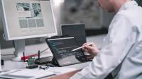 Vom Lastenheft bis zur Serienfertigung, vom ersten Schaltungsentwurf bis zum Prototypen - unsere Entwicklungsabteilung beherrscht alle Facetten der Elektronikentwicklung.