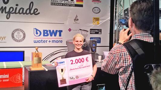 2.000 Euro Förderpreisgeld erhielt Erna Tosberg von BWT water+more.   Foto: BWT water+more