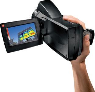 Wärmebildkamera testo 890 / Bild: Testo AG
