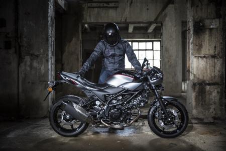 Suzuki präsentiert die neue SV650X