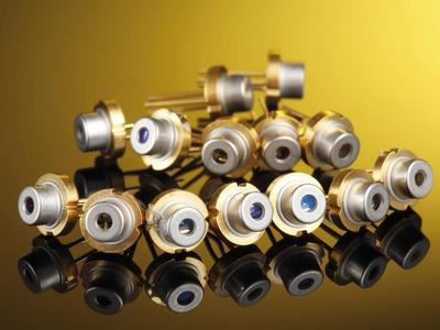 Leistungsstarke IR Laserdioden bei 830  nm