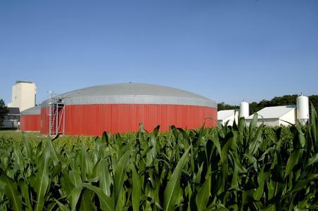 Biogasanlagen nutzen unter anderem Substrate aus der Landwirtschaft zur Energieerzeugung. Bildquelle: EnviTec Biogas AG