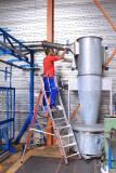 Steigtechnikprofi Hymer-Leichtmetallbau präsentiert auf der LogiMAT 2020 Lösungen zum sicheren, ergonomischen Arbeiten in der Höhe – wie die flexibel einsetzbare Plattformleiter HYMER ProTect