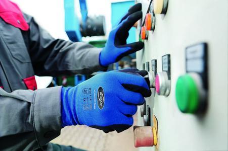 MEWA-Arbeitshandschuhe-Korsar-Industrie