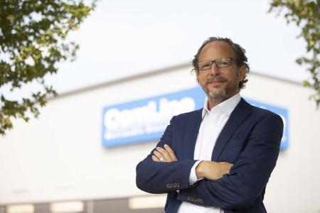 Richard Gäbel, Managing Director Value Business bei ComLine, erweitert mit den OWC Lösungen das Value-Zubehör Spektrum bei ComLine