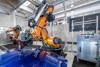 An einer voll eingerichteten Finishzelle kann die neue Technik live begutachtet und an eigenen Werkstücken getestet werden. Bild: ASIS GmbH