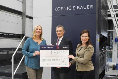 Koenig & Bauer donates EUR 60,300 to Ärzte ohne Grenzen e. V.[Doctors Without Borders]