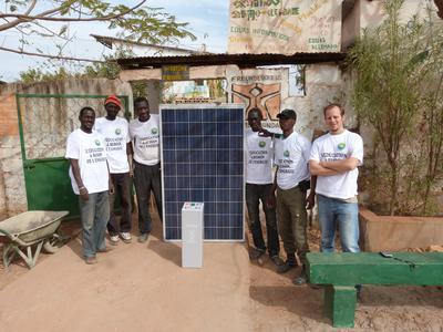 Die AS Solar PV-Anlage auf dem Bildungszentrum in Tambacounda