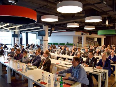 The presentations of the Industry Forum are becoming increasingly popular