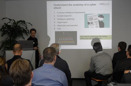 Die Ausführungen über Cyber Threat Intelligence von InfoGuard-Mitarbeiter Joel Stillhart hat sehr viele Interessenten angezogen.