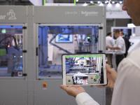 Schneider Electric erweitert EcoStruxure Augmented Operator Advisor (AOA) um smarte Funktionalitäten