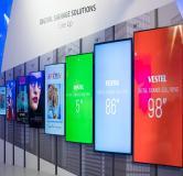 Digital Signage und Touch Display Lösungen von Vestel im Portfolio von COMM-TEC