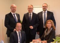 v.l. Kai Thiemann, Michael Kienzler (u.), Markus Dauber, Andreas Richter, Claudia Wolff (u.)