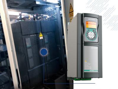 Pro Antriebsstrang werden fünf Frequenzumrichter der ADV200 Baureihe von GEFRAN mit einer Leistung von jeweils 400 kW zzgl. Überlast von bis zu 180 Prozent parallelgeschaltet, um die Anlage symmetrisch nach oben zu bewegen Bild: Leibniz Universität Hannover/Marie-Luise Kolb