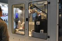 Durch die Vielzahl von neuen und weiterentwickelten Verfahren, Produkten und Prozessen in allen Ausstellungsbereichen ermöglicht die DeburringEXPO ein Technologiemonitoring wie es international sonst nirgendwo zu finden ist. Bildquelle: fairXperts GmbH & Co. KG