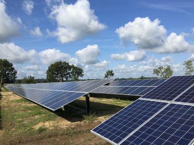 Lynow solar park array