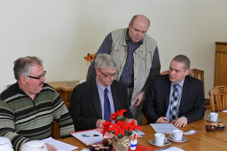 Bei der Unterzeichnung der Energie-Vereinbarung: Matthias Hantel, Ulf Schmidt, Peter Brandt und Michael Hillmann (v.l.n.r.)