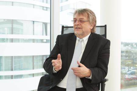Prof. Horst Domdey, CEO BioM GmbH