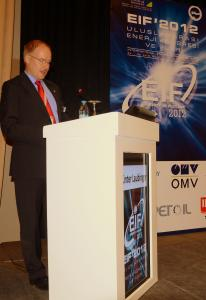 BBB expert Günter Laubinger during his lecture at EIF