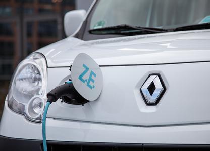 Im Mittelpunkt des 4. Deutschen Elektro-Mobil-Kongress am 14.-15. Juni 2012 im Essener Haus der Technik stehen Geschäftsmodelle und neueste Entwicklungen rund um die Elektromobilität. Ein öffentliches Fahrevent mit Elektrofahrzeugen findet in der Essener Innenstadt statt.