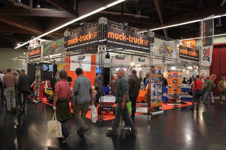 Messestand von Muck-Truck (Foto: Weber Baumaschinen und Fahrzeuge GmbH)