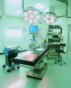 Berker Steckdosen mit Kontroll-LED eignen sich besonders für den Einsatz in Krankenhäusern.