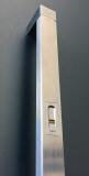 Wird der Scan in den Haustürgriff integriert, passt er sich mit seiner designstarken Edelstahl-Fingerführung flächenbündig in den Griff ein und erzeugt einen homogenen Gesamteindruck.