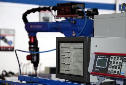 Frontpull-Brennersystem, höchste Präzision für einen neuen Schweißprozess