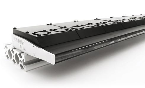 Die Zeilenbeleuchtung COBRA Slim von StockerYale bietet höchste Lichtleistung in einer Vielzahl an Wellenlängen für alle Zeilenkamera-Aufgaben. Mit der COBRA werden Beleuchtungsstärken von 1.000.000 Lux erreicht.