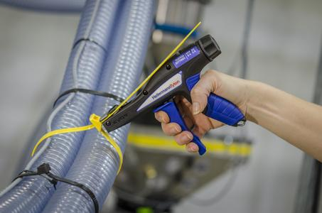 Precise, reliable and comfortable cable tie fastening – the EVO9 requires less hand force to operate than other manual cable tie tools