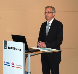Lothar Aulich, Vorstand der Berner Unternehmensgruppe bei der Bilanzpressekonferenz 2012