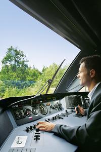 Alle Funktionen im Fahrbetrieb sind abhängig vom Hauptschaltzylinder (unten links) – ohne ihn bewegt sich nichts, (Foto: ASSA ABLOY Sicherheitstechnik GmbH)