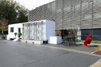 """OPV-Fassadengarten an technisch-innovativem """"Tiny House"""" angebracht"""