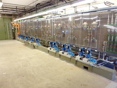Hi-tech at its best: More than a dozen sera C410.2 units, linked via Profibus, provide perfectly treated cooling water