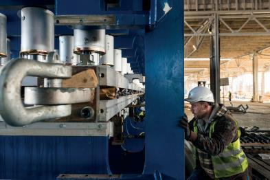 ContiRoll® presa cilindar (Izvor slika: Attila Balázs/INTERSPAN Faipari Kft.)