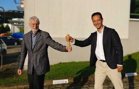 Geschäftsführer der ifm ulm gmbh, Dr. Rolf Bäuerle sowie der Geschäftsführer des BAV Instituts, Paul Andrei