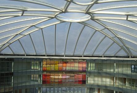 Leichtbauweise mit ETFE-Folien Membranen