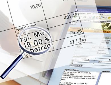 Die Mehrwertsteuer-Erhöhung erfordert auch Anpassungen in Softwareprogrammen zur Rechnungsverarbeitung.