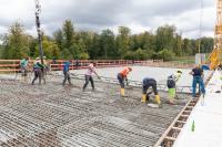 Auf Beton-Baustellen ist eine kontinuierliche Anlieferung wichtig.
